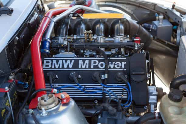 How to change your BMW engine oil to increase engine lifespan